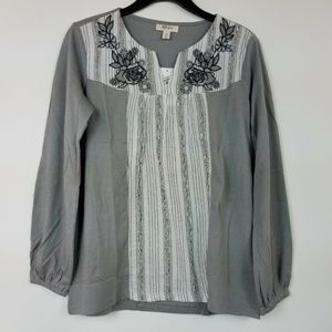 Style&CO S Grey Floral Pull Over Top 6AR65